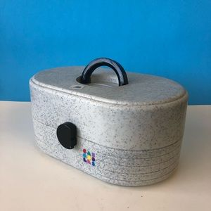 Round Black And White Speckled Caboodle